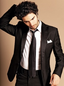 tahar_rahim_pour_gq_01_442340367_north_522x